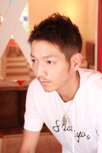 高円寺 中野 ベリーショート 髭 メンズ